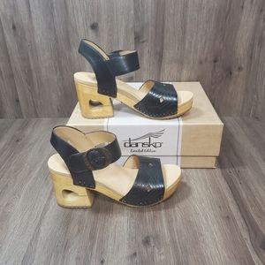 🆕️ Dansko Limited Edition Odele Platform Sandals